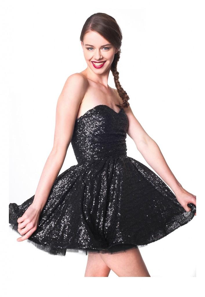 studniowka-2014-czarna cekinowa sukienka 3-001